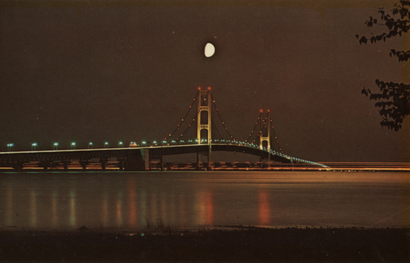 mac-bridge-at-night