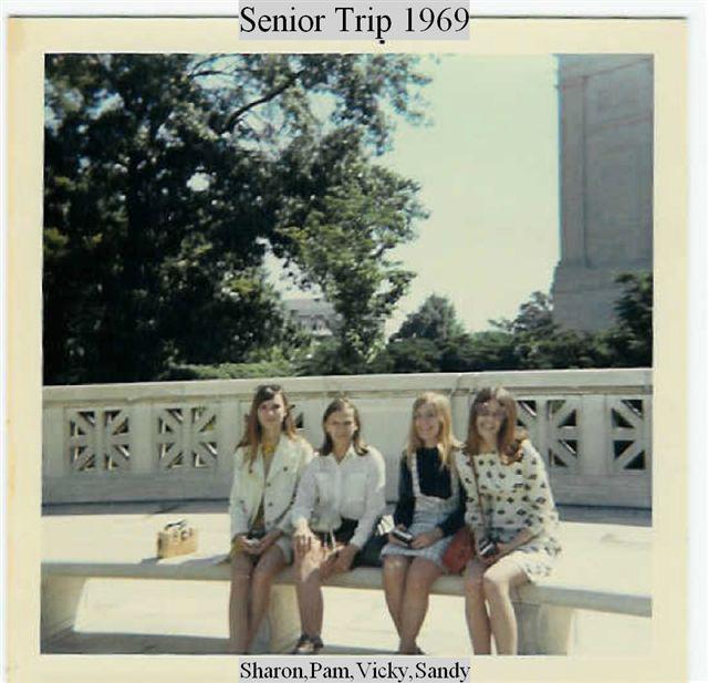 rta-Senior-Trip-1969-the-girls